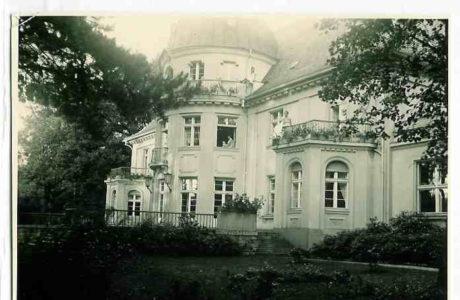 https://mok.leknica.pl/wp-content/uploads/2016/06/Pałac-Belwederski-0001.jpg